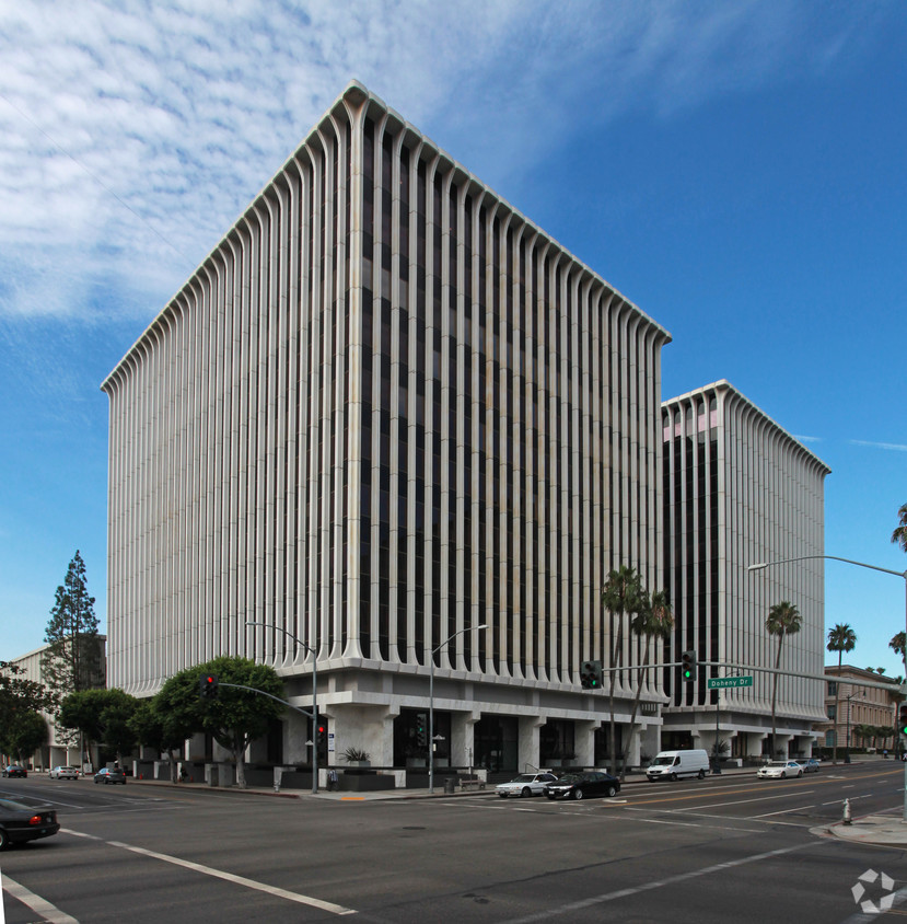 Photo of 9100 Wilshire Boulevard, Beverly Hills, CA