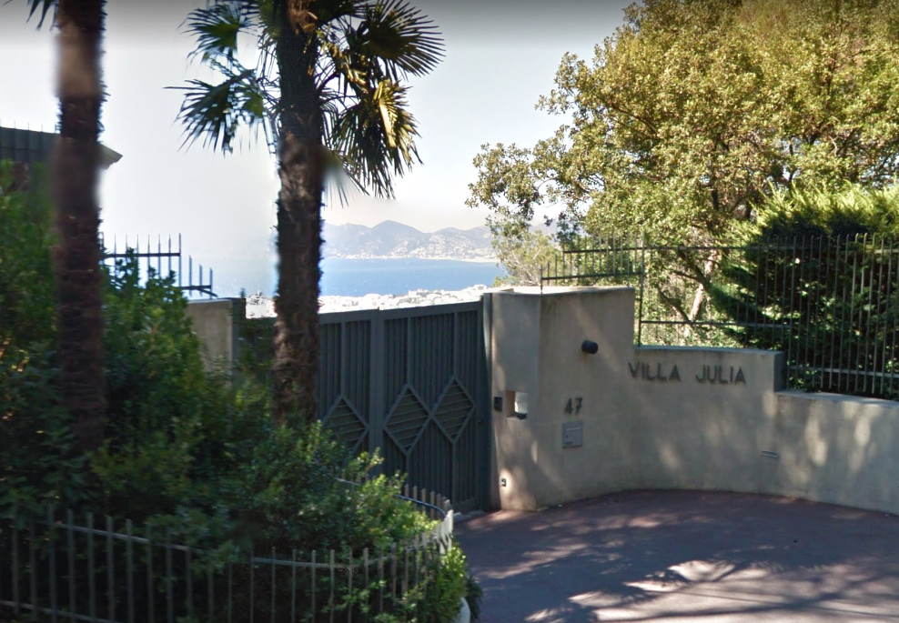 Front Gate of Villa Julia at 47 Chemin des Collines, 06400 Cannes, France